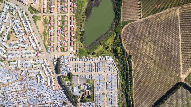 desigualdade social plantação casas