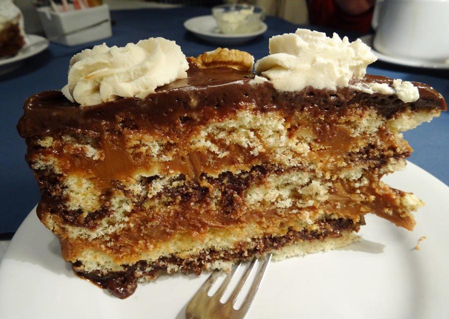 Doceria Cakes e sua famosa torta de doce de leite.