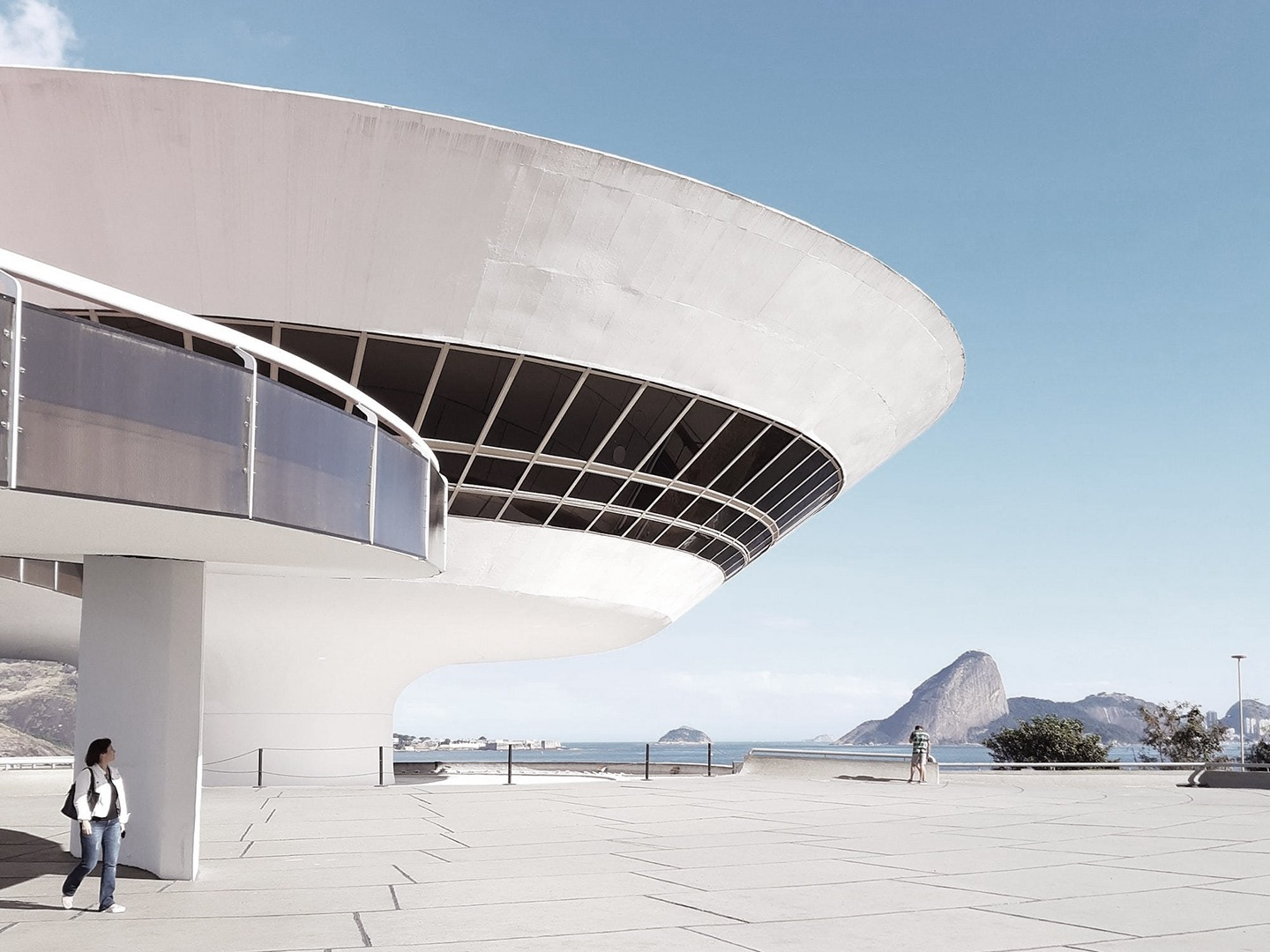 MAC Niteroi Niemeyer 1