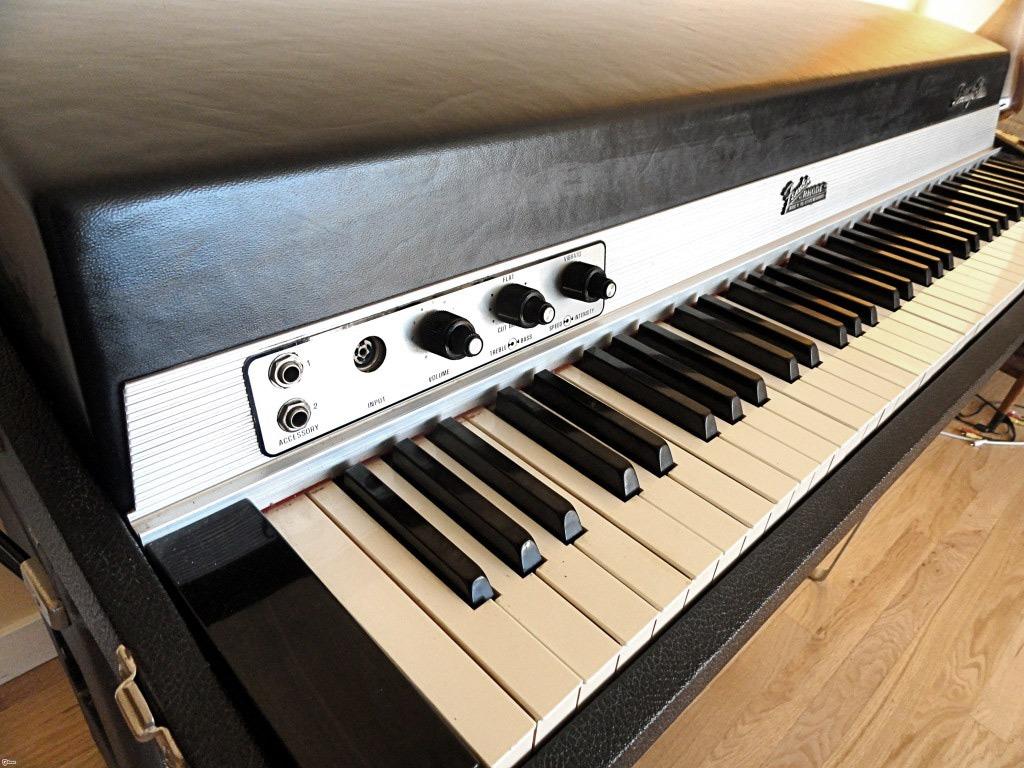 Fender Rhodes, um som que marcou época e mudou a música moderna.