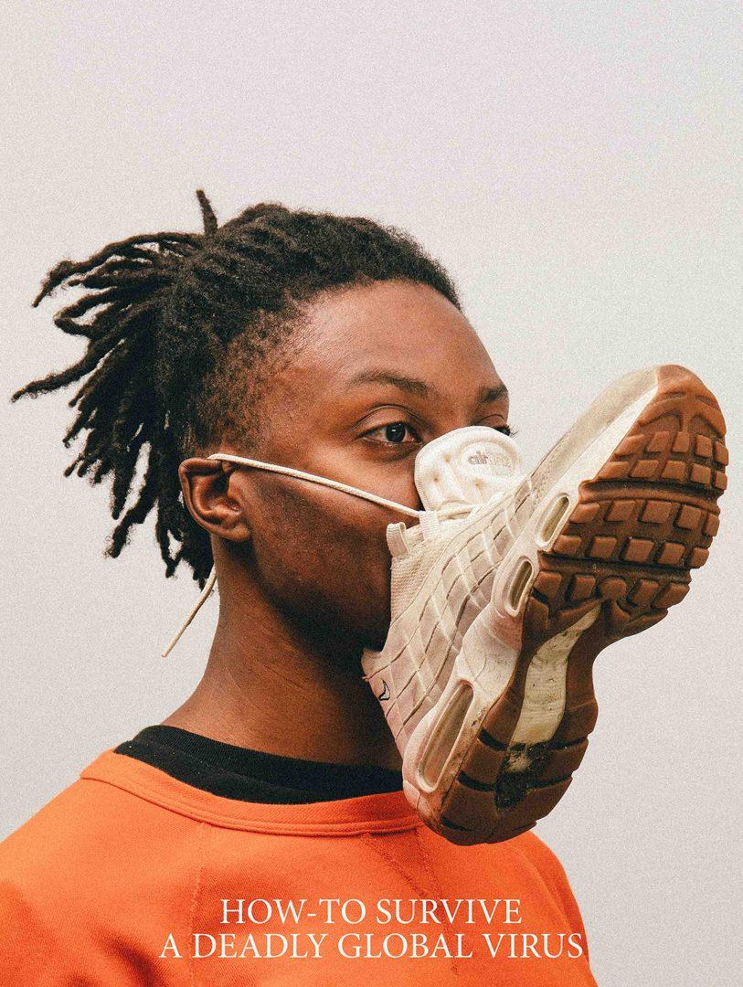 Máscara feita com tênis? Pois é.